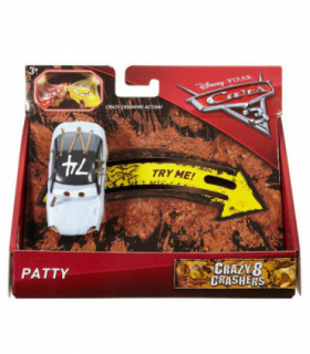 Mattel - Auta Cars 3 - Samochód Becia Patty - Crazy Crashers